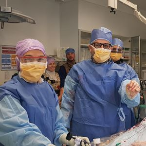 Dr Karimi conducts a lithotripsy operation