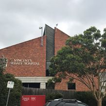 St Vincent's Private Hospital, Kew seen from the street