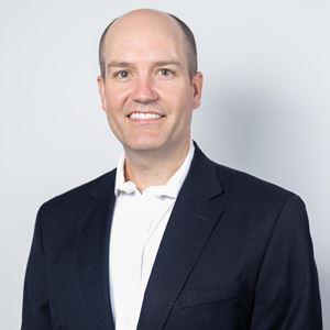 Orthopaedic Specialist Dr Matt Lyons